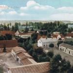 Widokówka Brodów przedstawiająca wioskę z wieży kościelnej