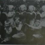 Pierwszoklasiści w 1933 roku z Deutsch-Nettkow